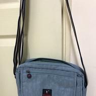 CORRE全新藍色多功能背包斜背包~~有好多個暗袋