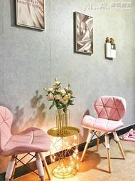 餐椅椅子北歐家用書桌椅靠背美甲凳子ins梳妝現代簡約伊姆斯餐椅 LX曼莎時尚