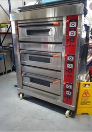 Electric and gas 3 deck commercial oven with 9 trays