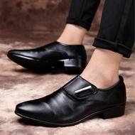 รองเท้าผู้ชาย รองเท้าบุรุษ แฟชั่น สำหรับออฟฟิตออกงานรองเท้าหนังผู้ชาย แฟชั่น ผู้ชาย ลำลอง ทางการ ทำงานราคา ถูก สวยๆ พร้อมส่ง สี ดำ ล้วน และ นำ้ตาล สไตล์ลอนดอนMen's shoes,men's leather shoes รองเท้าหนังชาย รองเท้าคัชชู ผช คัชชูผู้ชาย รองเท้าหนังสีดำ