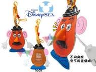 叉叉日貨 迪士尼樂園限定蛋頭先生3D表情立體鼻子仿皮票卡夾附掛脖繩 日本正版【Di08996】