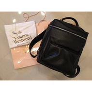 Vivienne Westwood 英版專櫃真品正品真牛皮革大後背包Italy製造黑標 時髦