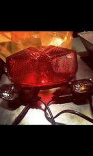 Bwsr尾燈+方向燈 原廠 落地改 9.9成新