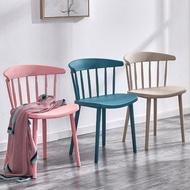 椅子家用現代簡約北歐創意餐椅經濟型塑膠靠背凳子網紅溫莎椅 LX