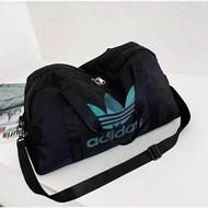คุณภาพสูง Adidas_Weekender กระเป๋า Duffel เดินทางผู้ชายและผู้หญิงกระเป๋าเดินทาง GYM เพาะกาย Multi Sport ยิมกระเป๋าคลาสสิกขนาดใหญ่เดินป่ากระเป๋าสำหรับปั่นจักรยาน
