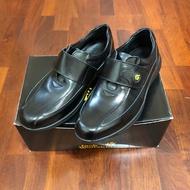 Jack Wolfskin 全新牛皮休閒皮鞋