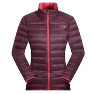【美國 The North Face】女新款 700FPl 超輕保暖鵝絨防潑水連帽羽絨外套.兜帽防風夾克/CTW1 紫紅 N