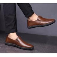 *TRIPLE* ฤดูใบไม้ร่วงใหม่ของผู้ชายรองเท้าลำลองผู้ชายเหยียบ รองเท้าธุรกิจแฟชั่นรองเท้าหนังลำลองMen's leather shoes รองเท้าผู้ชาย รองเท้าผ้าใบผช รองเท้า รองเท้าคัชชู ผช