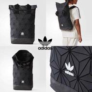 กระเป๋าสะพายหลัง สุดฮิต ADIDAS ISSEY MIYAKE ROLL TOP BACKPACK ความสปอร์ตซ่อนเท่ ด้วยลวดลาย 3D (ของแท้)