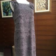 芃諭進口素材紫羅蘭洋裝