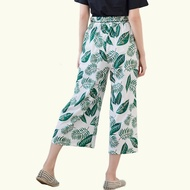 寬褲裙--氣質浪漫鬆緊褲頭附繩滿版樹葉印花休閒八/九分寬褲(白.藍L-3L)-P151眼圈熊中大尺碼