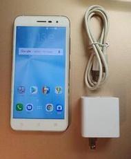 現貨 9成5新 手機 空機 ASUS ZenFone 3 ZE520KL Z017DA 3GB/32GB 已貼保護貼