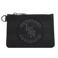 BURBERRY燙印LOGO格紋PVC拉鍊零錢包(黑灰)