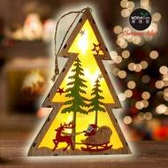 交換禮物-摩達客 木質製彩繪聖誕樹造型LED夜燈擺飾(麋鹿雪車款/電池燈)