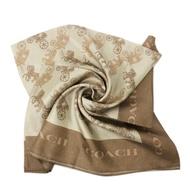 COACH 經典馬車LOGO桑蠶絲絲巾方巾(駝/金)