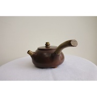 宜興茶壺-紫砂壺-側把壺-300cc
