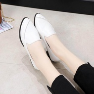 รองเท้าคัชชู ส้นแบน หัวแหลม ใส่ง่าย สบายเท้า รุ่น KD02