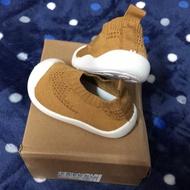 轉賣 全新寶寶襪型 學步鞋 (薑黃14)