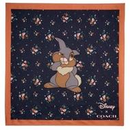 【COACH】Coach x迪士尼花花桑普兔玫瑰花束印花真絲方巾圍巾