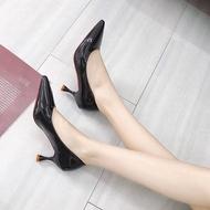 รองเท้าคัชชูหัวแหลมส้นสูง รองเท้าคัชชูส้นสูง รองเท้าคัชชูหนังแก้ว รุ่น 601