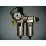 空壓機~氣壓~雙管濾水器+壓力表~