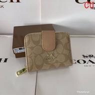 กระเป๋าสตางค์โค้ดCoachแฟชั่นกระเป๋าสตางใบสั้น #กระเป๋าสตางค์แบรนเนม #กระเป๋าสตางค์ผู้หญิง งานสวยลดราคา