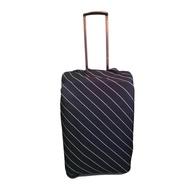 ผ้าคลุมกระเป๋าเดินทางแบบยืดลายเส้น M 22-24(สีดำ)