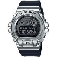 【CASIO 卡西歐】G-SHOCK 嘻哈金屬電子手錶(GM-6900-1)