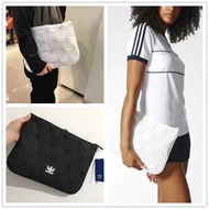 In Stock Issey Miyake 3D Clutch/Sleeve Adidas Hand bag Men's and women's bag