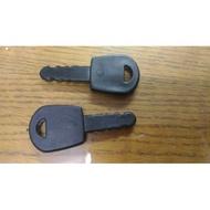 『殺肉貨』NO.130 兒童電動車 童車 機車 玩具車 啟動鑰匙 專用鑰匙 1標2入