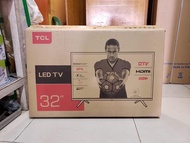 Tcl android smart TVs 32 inch brand new