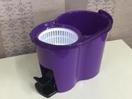 新款防潑水設計好神拖腳踩式脫水桶450元(顏色改為深紫色)另有維修踏板組.