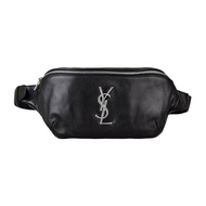【YSL】YSL  Classic Monogram銀字LOGO牛皮拉鏈胸掛腰包(黑)