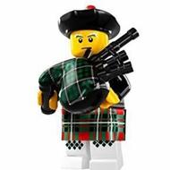 LEGO 樂高 人偶包 8831 7代 蘇格蘭風笛手 風琴手 音樂家 鼓風手
