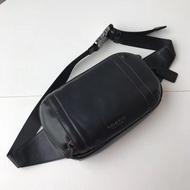 現貨精品代購 COACH 37594 男士腰包 胸包 素面全皮 雙拉鏈雙隔層 購物袋 附購證