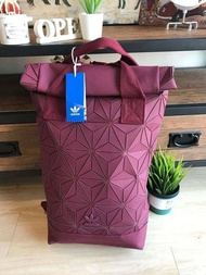 Adidas 3D Roll Top Backpackกระเป๋าเป้สะพายหลัง