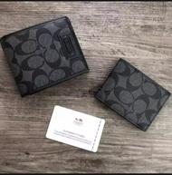 กระเป๋าสตางค์ใบสั้น มาพร้อมกระเป๋าใส่บัตรใบเล็กอีก 1 ใบ รุ่นใหม่สุดฮิต COACH (งานแบรนด์แท้)