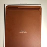 iPad Leather Sleeve ซองหนังใส่ไอแพดพร้อมช่องใส่ Apple pencil มือสอง
