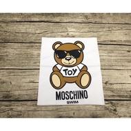 Moschino 白衣墨鏡熊 女款