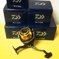 《嘉嘉釣具》💥 19年 Daiwa MG Z 系列 紡車式捲線器 2000-5000型 磯釣 海釣場 路亞
