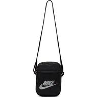 【NIKE】NK HERITAGE S SMIT 配件 包包 黑 側背包 -BA5871010
