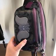 【Go時尚】Disney X Coach 小飛象腰包 胸包 紫色 牛皮限量 聯名款