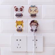 【JS】廚房可愛插頭固定器墻上固定器粘貼電源防拔卡通插座免釘插頭掛鉤