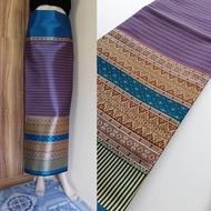 m047 (แพคสินค้าใน 1 วัน) ผ้าไทย ผ้าไหมล้านนา ผ้าไหม ผ้าไหมทอลาย ผ้าไหมสังเคราะห์ ผ้าถุง ของรับไหว้ ***ผ้าเป็นผ้าผืนยังไม่ตัดเย็บนะคะ** ขนาดผ้า 100*180 cm