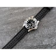 20mm絕佳手感silicone strap 高質感特殊鋼帶紋替代原廠錶帶高質感矽膠錶帶 seiko
