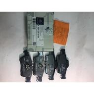 【88商場】BENZ 原廠 A0074206720 後煞車來令片,W211,W212,W220W221W219W230