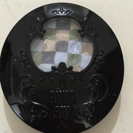 Anna sui 多色眼影