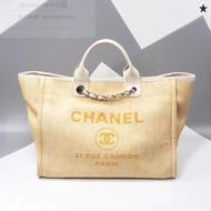 Chanel 沙灘系列托特包