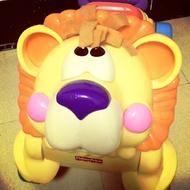 費雪學步車 獅子