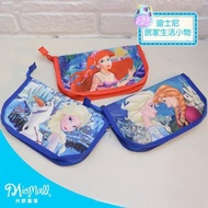 【Disney 迪士尼】小美人魚與冰雪奇緣萬用袋TDB0121(★光滑緞面設計★相機包/隨身包/化妝包/刷具包/護照包)